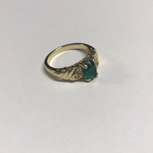 Emerald Green Stone Gold Ring